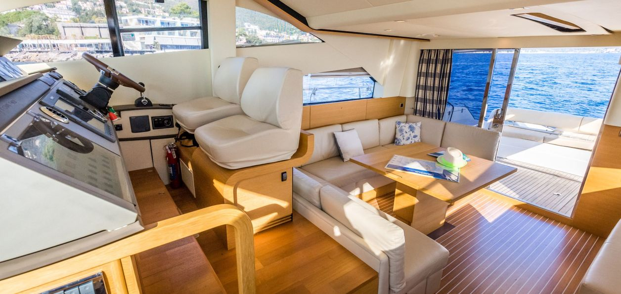 Fairline Phantom 48